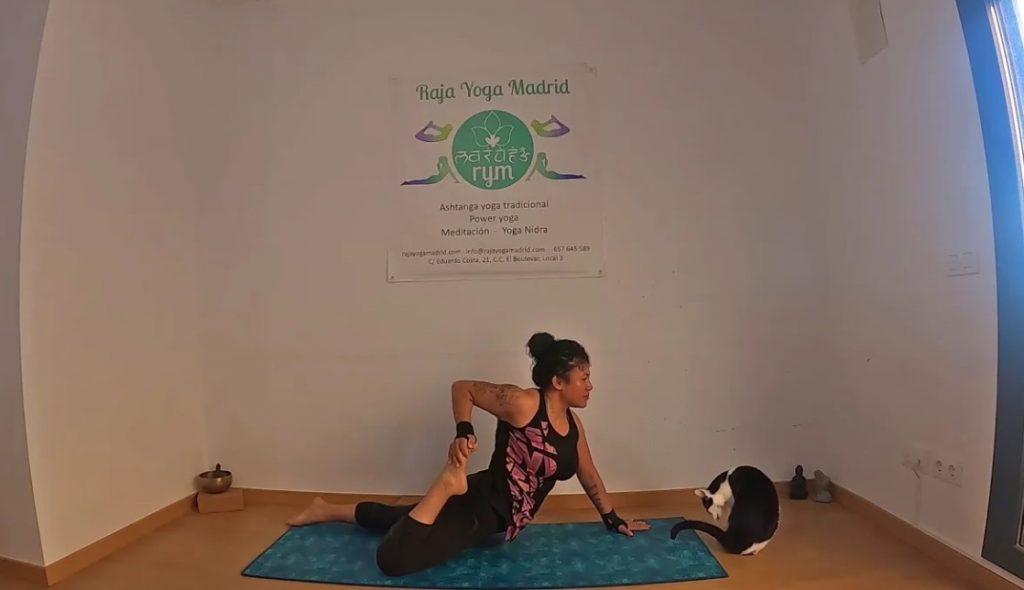 Power yoga Flexiones hacia atrás 2