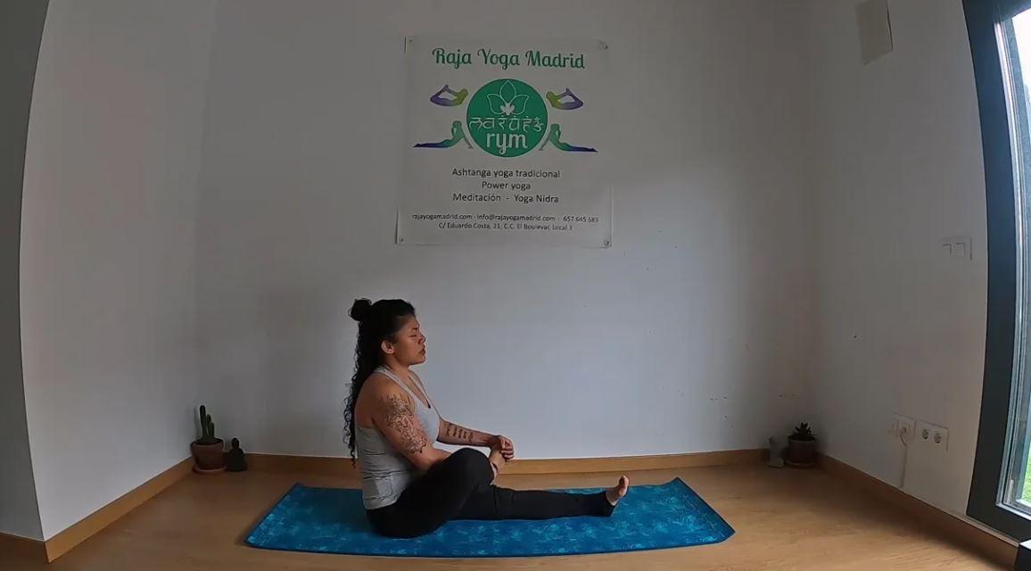 Yoga tradicional 1 Serie Pawanmuktasana